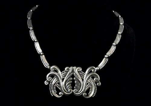 Margot de Taxco  #  5127  Vintage Mexican Silver Necklace