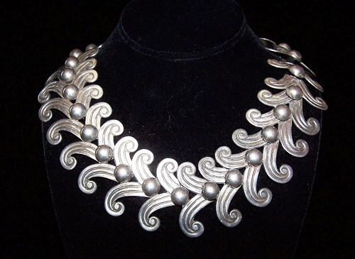 Vintage Mexican Silver Design #5158 Signed Margot De Taxco Necklace