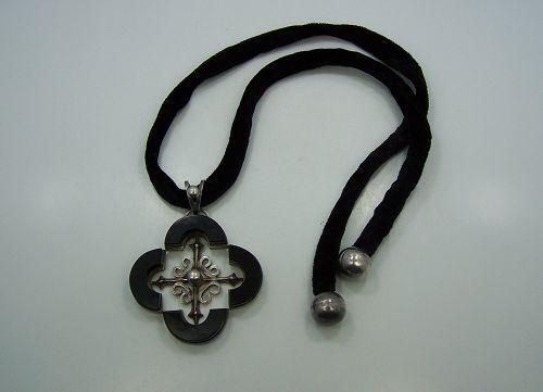 Antonio Pineda Quatrefoil Onyx Vintage Mexican Silver Necklace