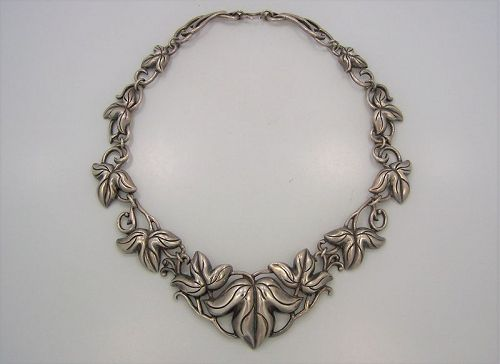 Doris Silver Vintage Mexican Silver Foliage Necklace