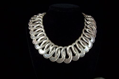 Hector Aguilar Vintage Mexican Silver Oval Swirls Necklace