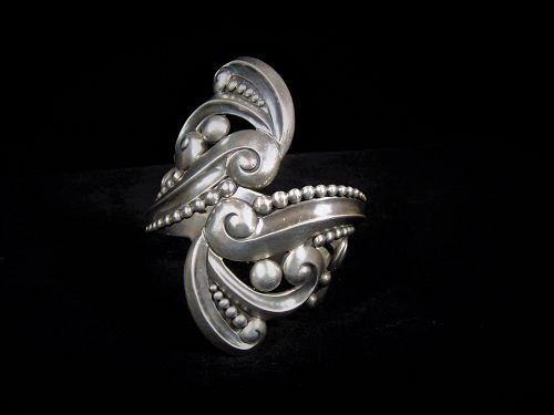 Los Castillo 396 Mexican Silver Swirl Clamper Bracelet