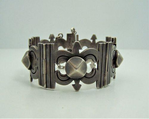 Hector Aguilar Vintage Mexican Silver Pyramids Bracelet
