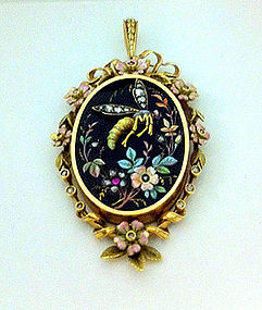 Art Nouveau French 18K, gem enamel insect pendant