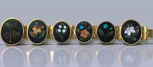 Very Fine 19th century Gold Pietra Dura Bracelet, Italy C.1875.