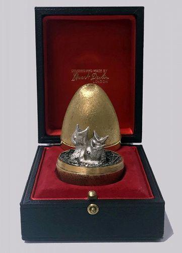 Stuart Devlin Silver Gilt Surprise Chicks Egg, London 1973