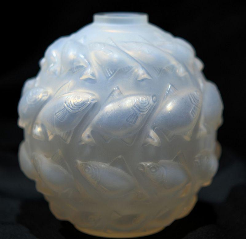 R. Lalique Camaret Vase No. 1010, 1928-1937