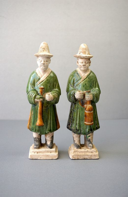 A Pair of Ming Dynasty Figures of Musicians with Instruments.