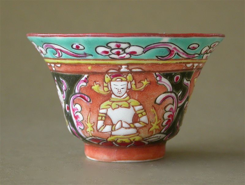 Rare 18th Century Bencharong Porcelain Teacup from Jingdezhen