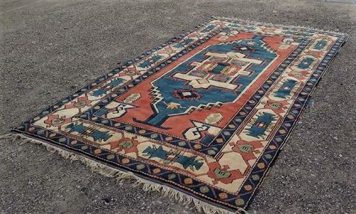 Turkish Anatolian Sultanhani Kars carpet