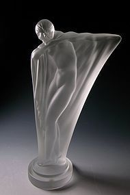 Cristal de Sèvres Nude Dancer Figurine Isadora