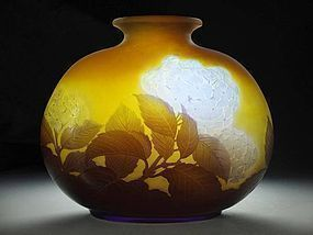 Art Nouveau Cameo Glass Vase by Emile Gallé (Hydrangea)