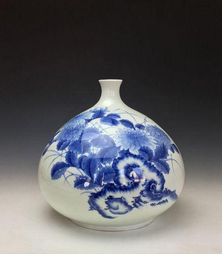 Edo Period Nabeshima Sometsuke Tsubo