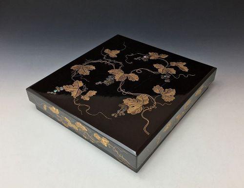 Edo-Meiji Period Maki-e Lacquer Suzuribako and Bunko Set