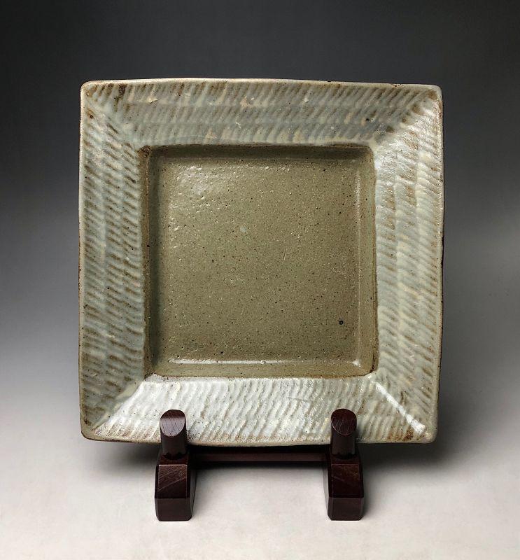 Uchi-hakeme Plate by Shimaoka Tatsuzo LNT