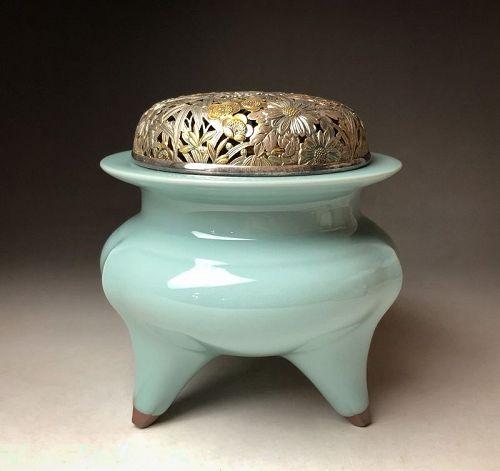 Celadon Incense Burner by Suwa Sozan III