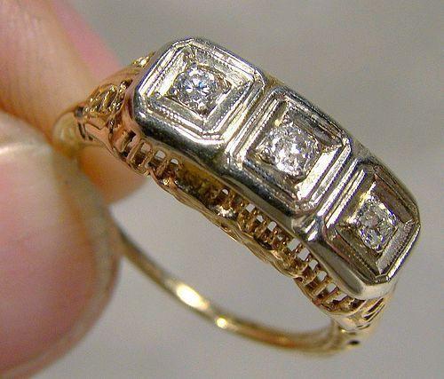 ART DECO 14K FILIGREE RING 3 DIAMONDS 1920s - Size 5-3/4
