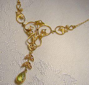 Edwardian 14K Peridot Seed Pearls Lavaliere Necklace 1900 Lavalliere