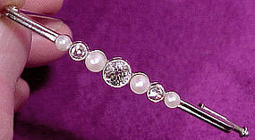 Art Deco 14K WG DIAMONDS & PEARLS BAR PIN