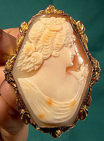 Large 10K CAMEO PIN PENDANT w/ HEXAGONAL MOUNT c1910