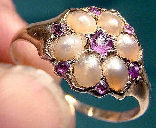 15K ALMANDINE GARNETS & PEARLS RING 1840-50