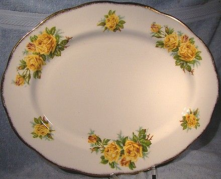 Royal Albert TEA ROSE DINNER PLATES & PLATTER