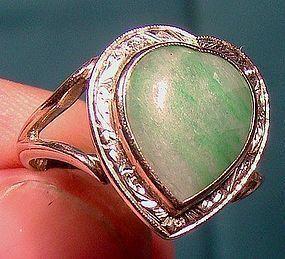 Art Deco 14K White Gold Jade Heart Shape Ring 1920s