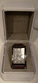 DKNY MAN'S DESIGNER WRISTWATCH NY-1352 in BOX