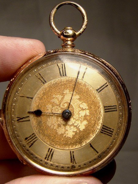 18K KEY WIND FANCY CASE OPEN FACE POCKET WATCH with Key 1900