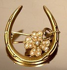 14K HORSESHOE & 4 LEAF CLOVER SEED PEARLS HONEYMOON PIN - Victorian