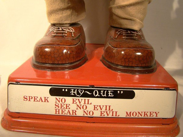 HY-QUE MECHANICAL MONKEY BATTERY OP TOY c1960s
