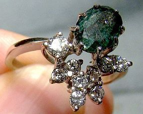 18K White Gold Emerald & Diamonds Ring 1960s 18 K Size 7-1/4