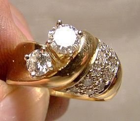 14K Yellow Gold Diamond Ring With Appraisal - Size 8-1/2 8.5