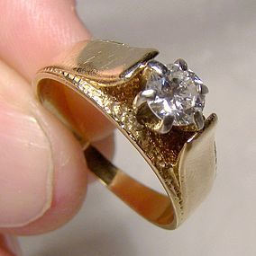 14K Yellow Gold Diamond Solitaire Engagement Ring - Great Style 1960s