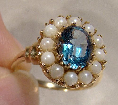 10K Yellow Gold Blue Sapphire and Cultured Pearls Ring 1950s 10 K