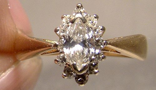 14K Marquise DIAMOND RING Wedding Engagement 1960s Band Size 6-1/2