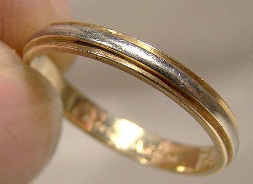 14K White & Yellow Gold Wedding Band 1940s 14 K Band Size 5-3/4