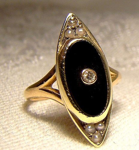 Art Deco 14K Yellow Gold Black Onyx and Diamond Signet Ring 1920s-30s
