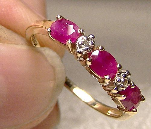 10K Rubies and Diamonds Row Ring 1980s - Size 6-1/2