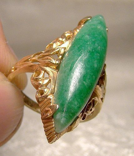 10K Green Jadite Jade Filigree Cocktail Ring 1950s 5-1/4 Marquise