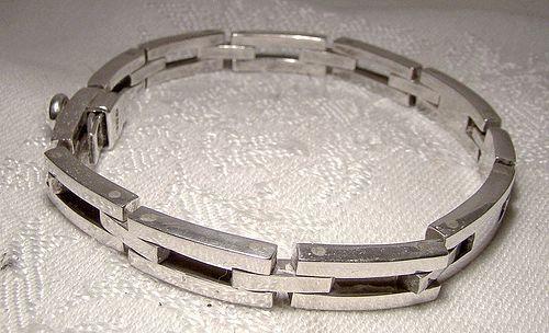 Heavy 925 Sterling Silver Gate Link Signet I.D. Bracelet 1980s