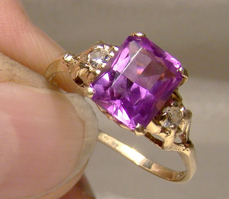 10K Yellow Gold Purple Synthetic Sapphire Ring 1930s Art Deco Period