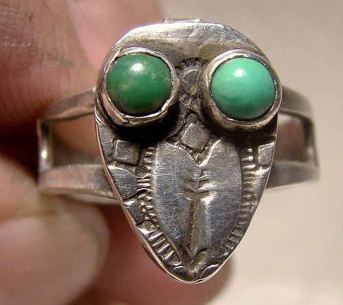 Sterling Bird Southwest Poison Ring with Turquoise Eyes 1930s