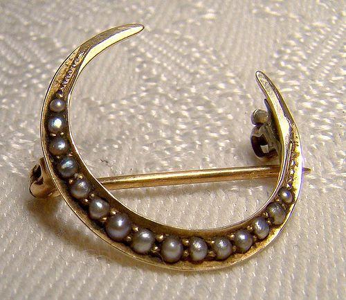 14K Crescent Moon Seed Pearls Victorian Honeymoon Pin Brooch 1900