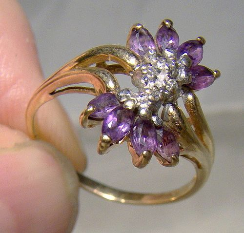 10K Marquise Amethysts and Diamonds Cluster Ring 1970s - Size 6-1/4