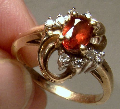 10K Garnets and Diamonds Ring 1960s- Size 6-1/2