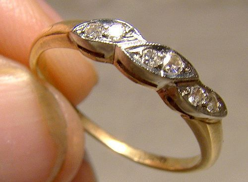 14-18K Gold 6 Diamonds Wedding Ring Band 1930s - Size 6-1/2