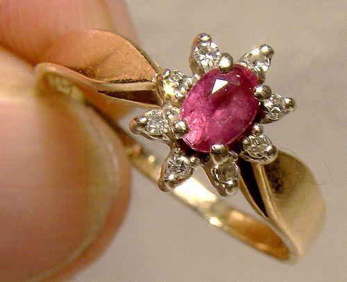 10K Pink Topaz & Diamonds Cluster Halo Ring 1970 - Size 6