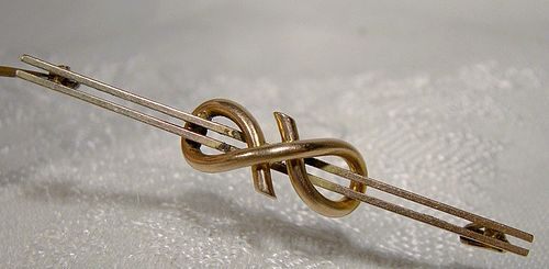 9K Rose Gold Victorian Love Knot Bar Pin 1890 1900
