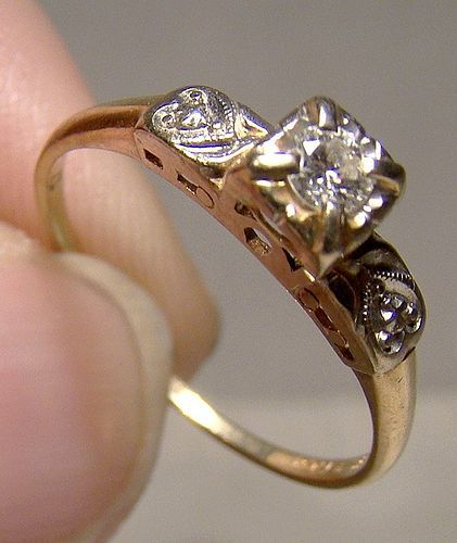 14K Gold Diamond Heart Shoulder Ring 1920s 1930s - Size 7-1/2